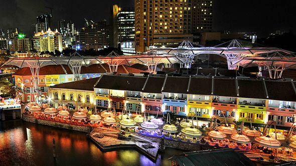 Berhubung kak Tian suka hangout&night life,this is the best choice to go!! Nama nya The Helipad, terletak di bagian atas Central Mall&jantung kota Singapura distrik Clarke Quay. Cocok dijadiin pilihan untuk pergi minum dengan santai sebelum masuk ke Club dan mulai berpesta. Anda jg bisa memilih kursi al-fresco untuk suasana yang lebih santai dan pemandangan indah sungai Singapura. #SGTravelBuddy