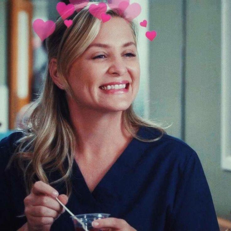 Greys Anatomy Fans Analyze Striking Season 13 Poster