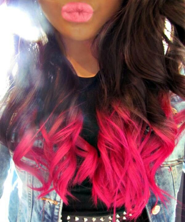 Hot pink hair dye for