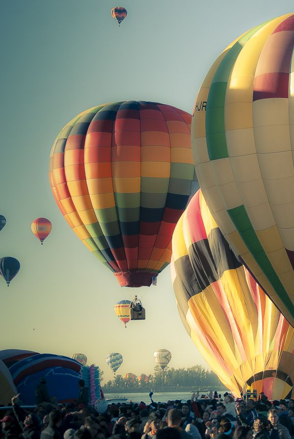 17 Best images about HOT AIR BALLOONS-TAKE A RIDE.... on ...