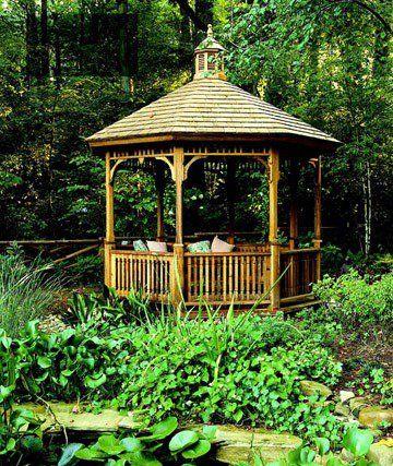 Kiosque de jardin en cèdre naturel et toiture à bardeaux                                                                                                                                                                                 Plus