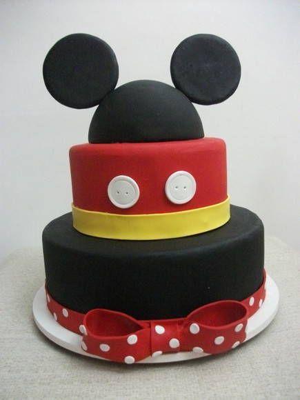 bolo do Mickey para aniversário com duas camadas