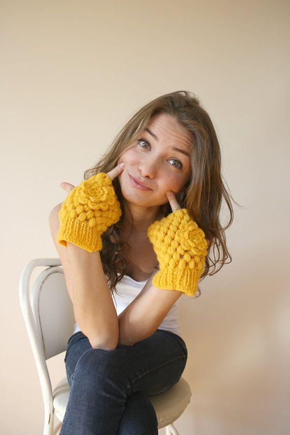 Handknit Wool Yellow  Mittens gloves Christmas Gift by denizgunes