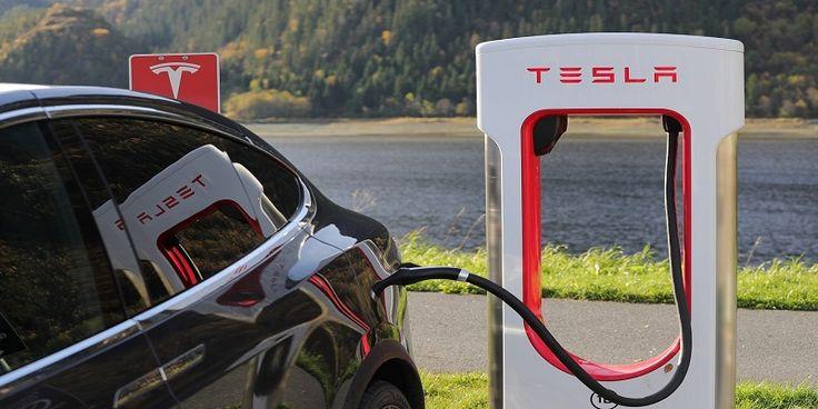 SuperChargers Tesla en España, conoce dónde encontrarlos.