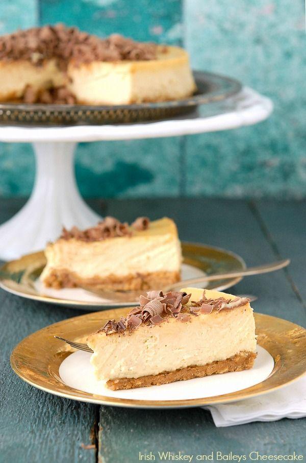 Irish Whiskey and Baileys Cheesecake @FoodBlogs