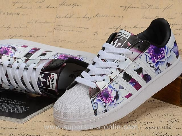adidas Originals Superstar Women's Casual Shoes Black/White