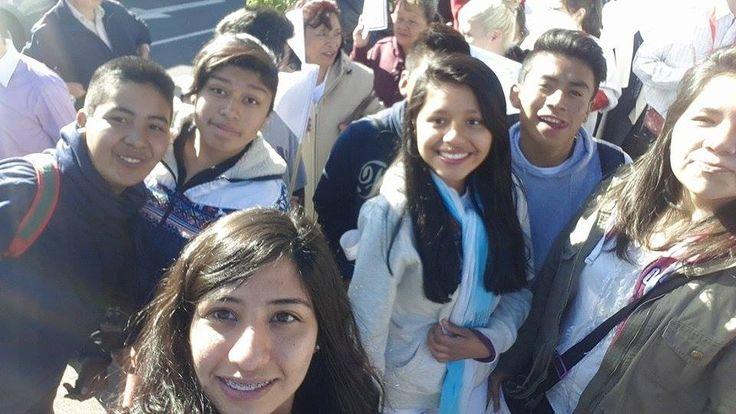 Grupo Juvenil Parroquia Jesucristo Redentor en la peregrinación a la #BasilicaDeGuadalupe.