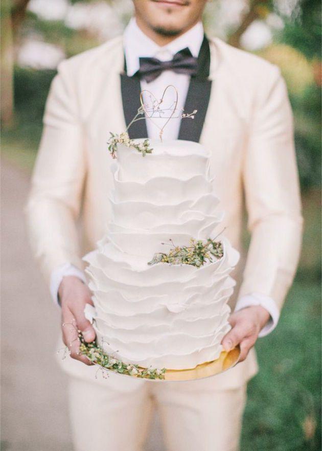 Grooms' Cake Ideas for your Wedding | Bridal Musings Wedding Blog 19