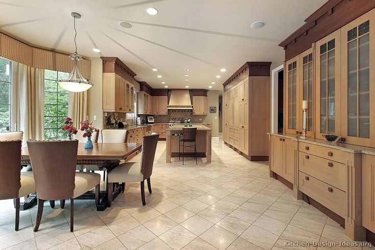 design small kitchen pictures 98 best two tone kitchens images on pictures 6607