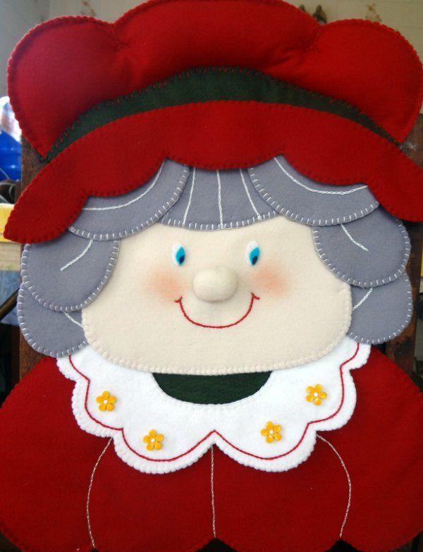 Capa de Cadeira Mamãe Noel (sala de jantar)                                                                                                                                                                                 Mais