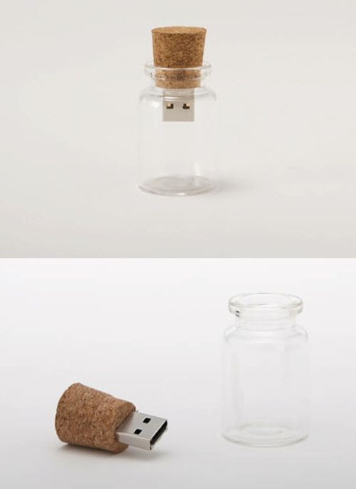 Message in a bottle. cute :]: Ideas, Wedding Favors, Gadgets, Stuff, Corks, Flash Driving, Bottle, Products, Messages