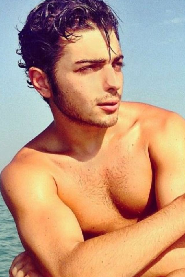 At the Beach when home in Italy ☀  Gianluca Ginoble  IL VOLO