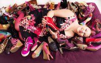 Elämässä pitää olla iloa ja väriä - kuten kengissäkin! - Jenni K.