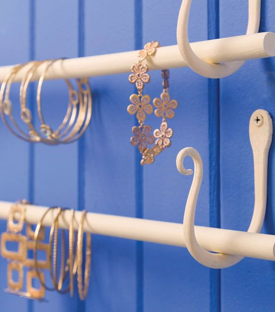 #DIY Jewelry Hanger | Jewelry Holder Directions on Joann.com | Supplies available online at Joann.com or at your local Jo-Ann Fabric and Craft Store