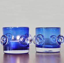 Gece mavisi, düğme model bardak mumluklar...