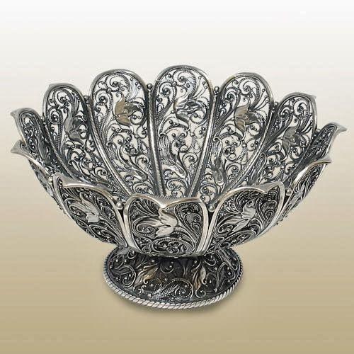 """Конфетница """"Вдохновение"""" http://olginia.com.ua/service/serebro/russkoe-serebro #подарки #столовое_серебро #серебро #vip_подарки #подарки_для_женщин #подарки_для_мужчин #киев  #купить"""