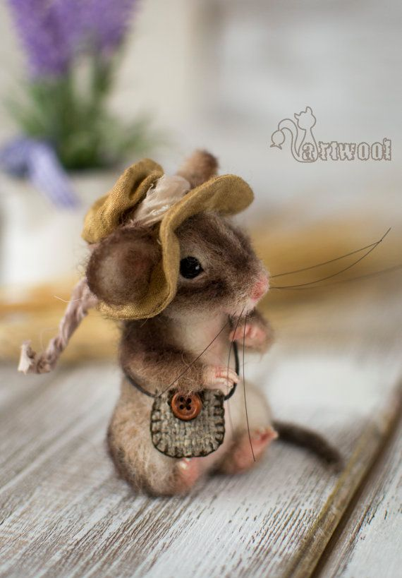 Needle Felted Brown Country Mouse . Made to order by NatalyArtWool