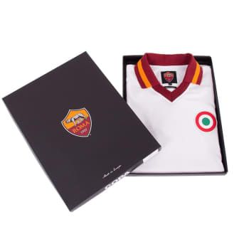 Starting today, Giallorossi fans visiting AS Roma Stores will find a collection of vintage products celebrating the rich traditions of the club