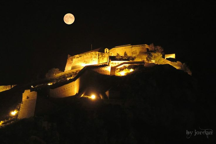 #castle #greece #moon #nafplio #nauplio #palamidi