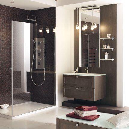 Salle de douche marron