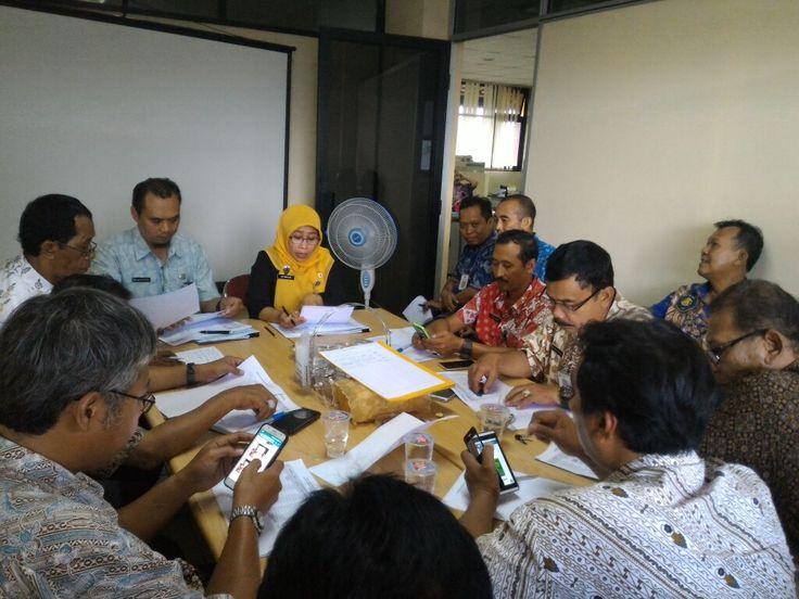 rapat koordinasi dalam rangka optimalisasi penerimaan PBB-P2 dengan unsur kelurahan tanggal 25 November 2016