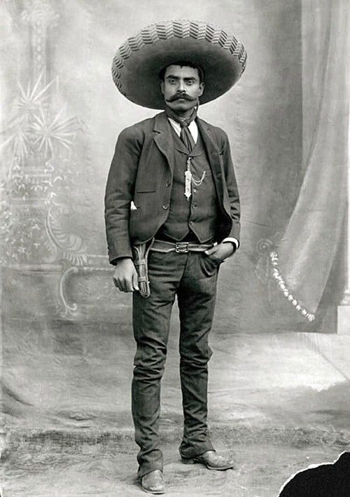 Zapata http://bluffs-and-fisticuffs.tumblr.com/post/30886377774/emiliano-zapata-guerrero-mexico-1915