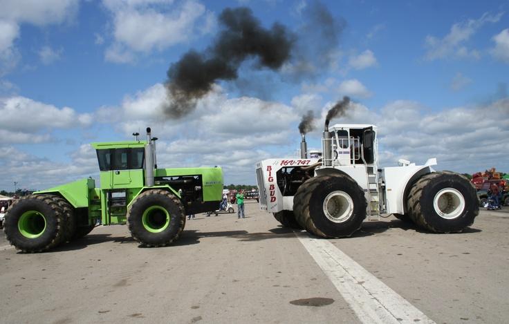 Big Bud 747 >> Horse Power: 525 hp Steiger Tiger IV vs. 1,100 hp Big Bud 16V-747 | Tractors | Pinterest | Tigers