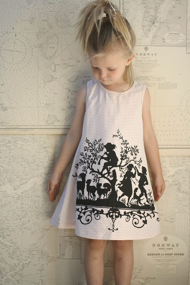 YmamaY Prudence Dress - Rose and Black Spots
