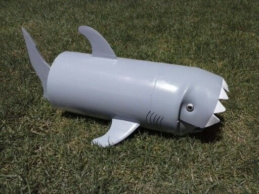 Shark letterbox. Just have to mount it on the pole.