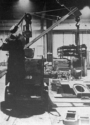 Crane operator 1943