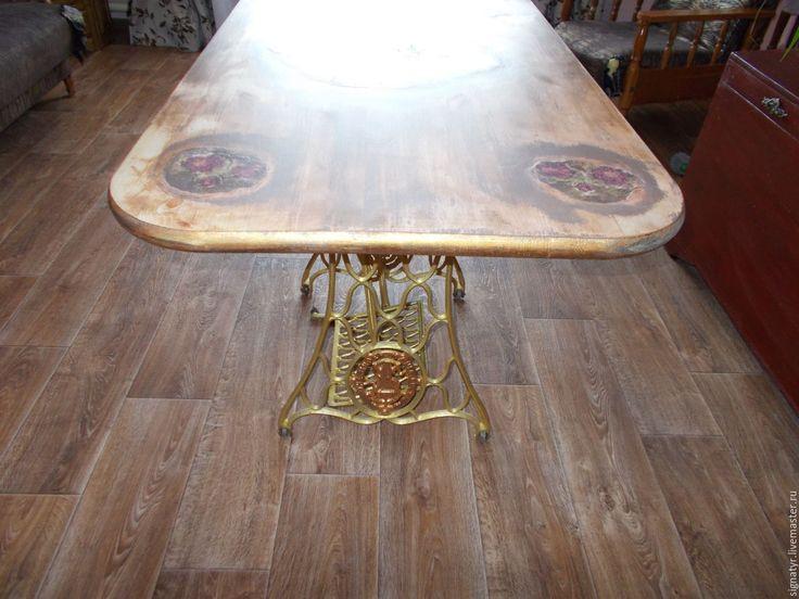 Купить Стол обеденный(большой) - золотой, стол, стол на станине, декупаж работы, ручная работа