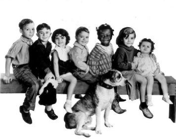 Scotty Beckett, Darla Hood, George 'Spanky' McFarland, Carl 'Alfalfa' Switzer, Harold Switzer, Billie 'Buckwheat' Thomas, and Pete the Dog in The Little Rascals (1955)