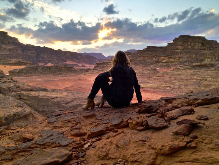 Looking back on my time in Jordan, it's so fascinating to me that my time in Wadi Rum desert, something so simple and seemingly boring, was one of my favorite experiences. The rose-red of the massive rock formations in that barren desert will forever remain emblazoned in my memory. I arrived in Wadi Rum after
