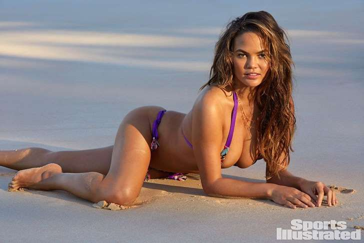 Chrissy Teigen Posed for Sports Illustrated's Swimsuit Issue Six Months After Giving Birth