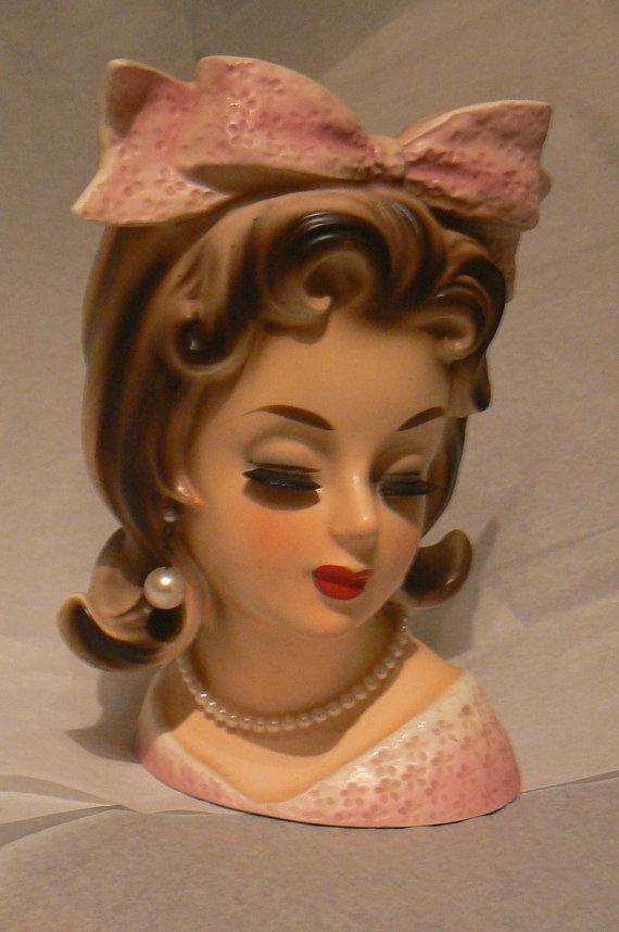 Vintage Lady Head 30