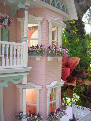 Dollhouses by Robin Carey: The Princess Anne