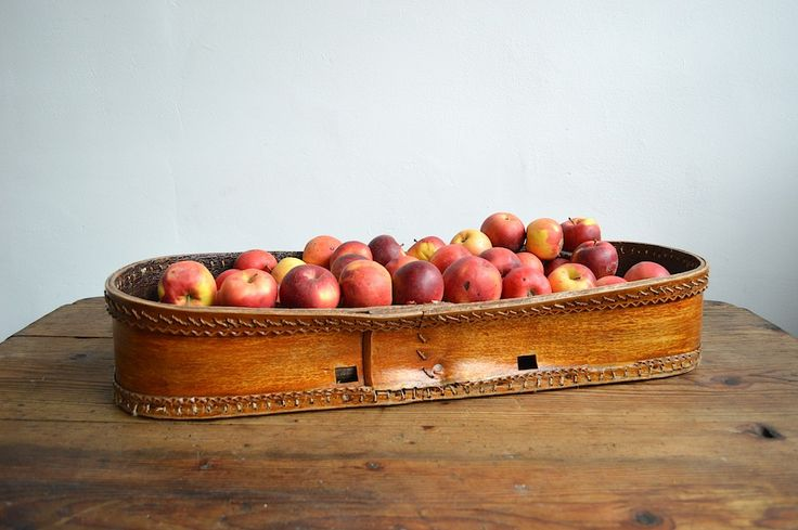 Fruit basket from cradle (artKRAFT)