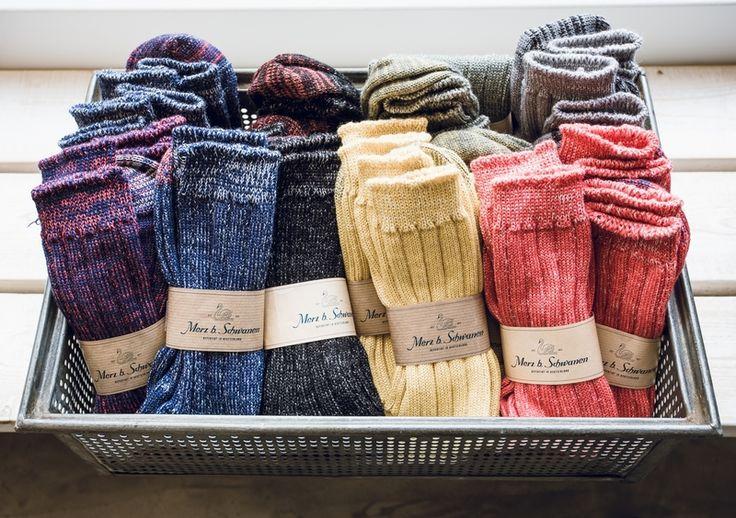 Merz b. Schwanen Merino Socken in diversen Farben