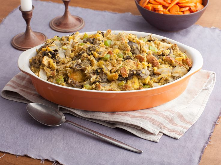 This is our Facebook fan, Diane Ridgeway's favorite holiday recipe! Oyster Dressing Recipe : Paula Deen : Food Network - FoodNetwork.com