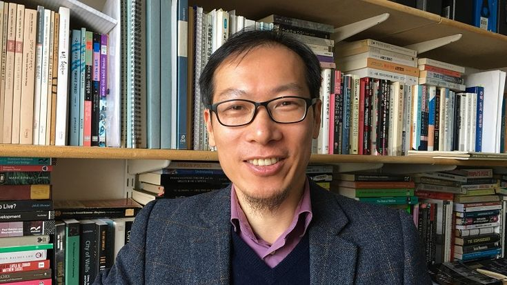 "LSE-PKU Summer School course, ""The Political Economy of Urbanisation in China and Asia"", taught by Dr Hyun Bang Shin"