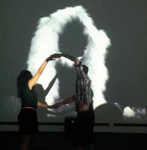 Animation de miroir déformant pour l'événementiel | Playtime Animations