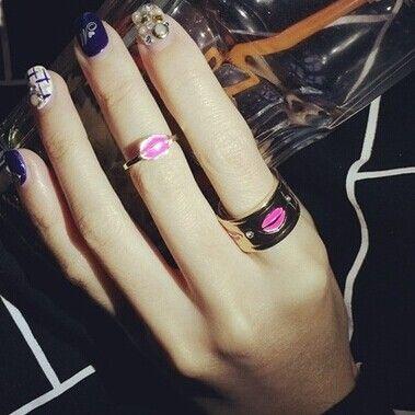 Купить Аксессуары ювелирные изделия губы губная помада палец кольцо комплект подарок для женщины девочка R1427и другие товары категории Кольцав магазине just do my bestнаAliExpress. подарки для поклонников бейсбола и подарке брелок