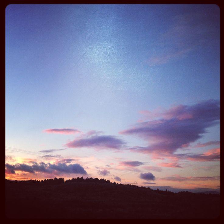 Sunset sky as we left Ohakune towards Auckland