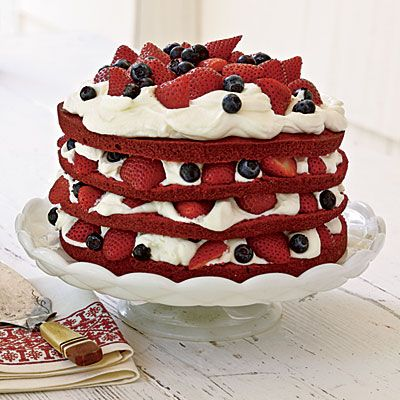 remove the blueberries and this might be the best combination of all things I love! red velvet, cream cheese frosting, strawberries