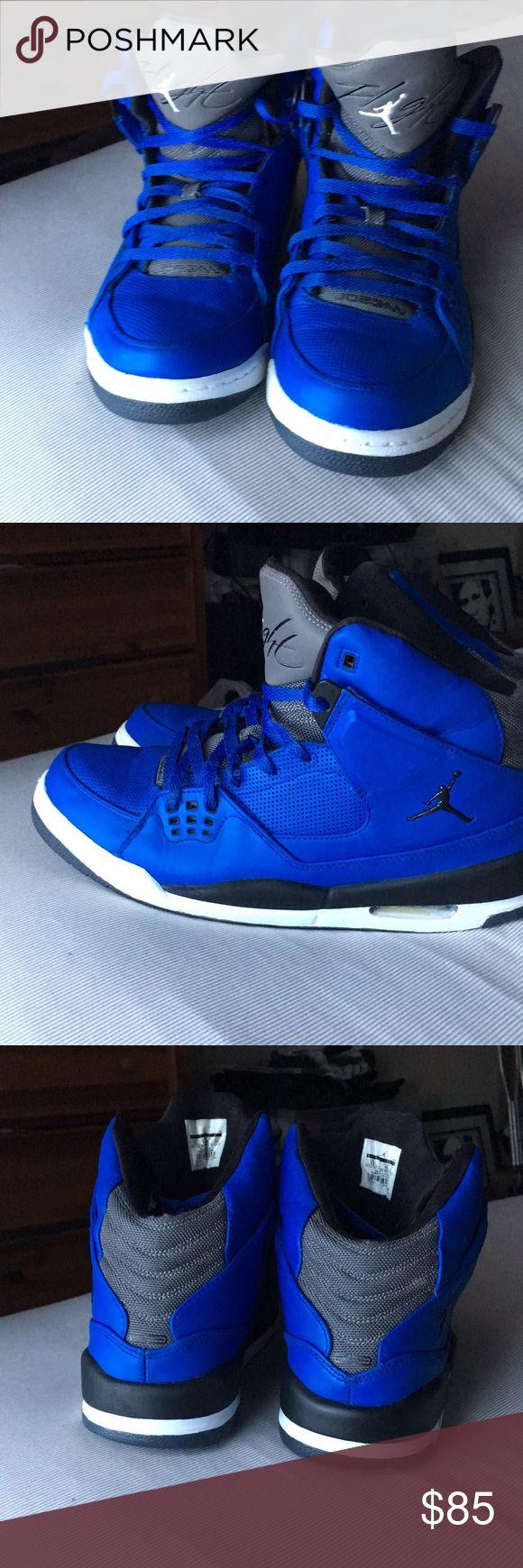 Air Jordan Flight 9 (Black and Blue) Black and Blue Jordan Flight 9 🔵⚫️ Very good condition!! Clean and comfortable. 9.5/10  🔥 Jordan Shoes Sneakers