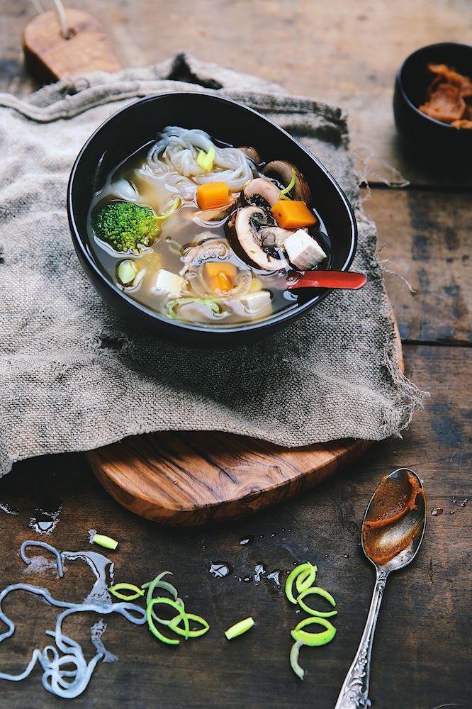 Soupe miso aux nouilles konjac