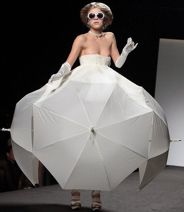 catwalk-fashion-weird-catwalk-fashion-weird-catwalk-10