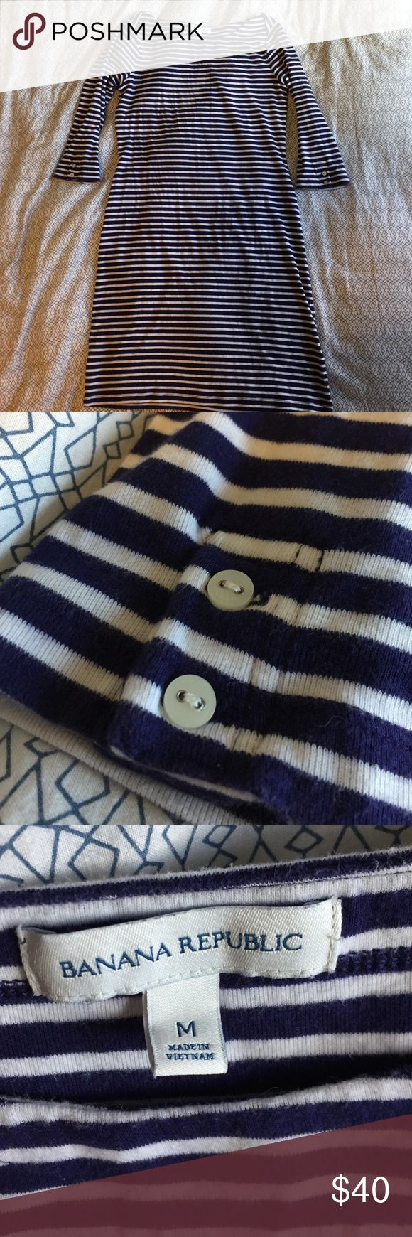 Nautical dress Navy blue and white thinly striped dress! It's 93% cotton so it breathes like a dream and the 7% spandex give it a little stretch! The sleeves have a cute little button detail as well. Banana Republic Dresses
