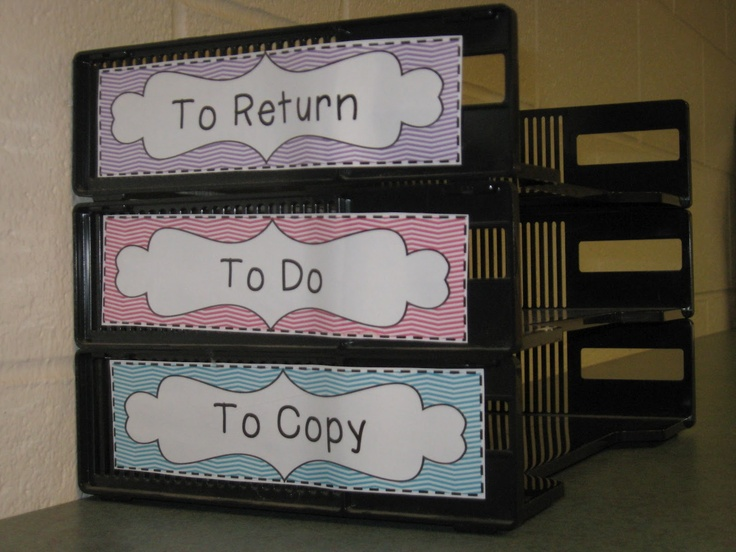 a easy way to label those ugly black filing trays