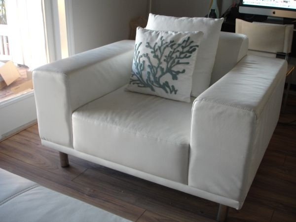 Tampa: Modern White Leather Chair With Large Ottoman, Chrome Legs $350    Http: